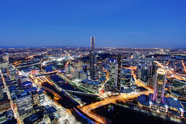 Melbourne_by_night.jpg
